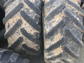440/65R28 Michelin